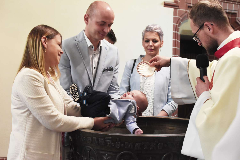 fotografia zdjęcia sesja legnica lubin chrzciny komunia